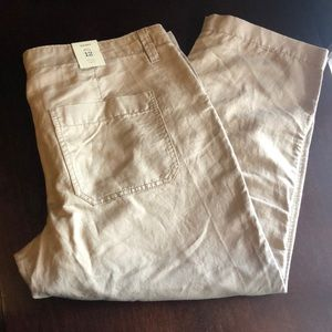 Brand New Old Navy Low Rise Capris